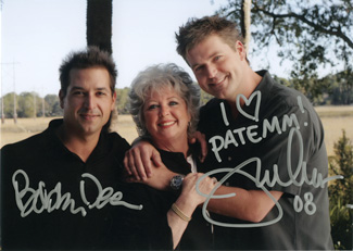 Paula Deen and sons Bobby and Jamie are fans of the patemm(R) pad!